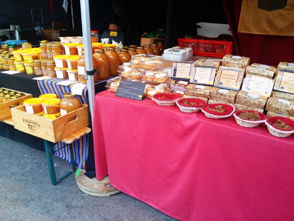 Estonian Market Viru photo by Alexandra Nima