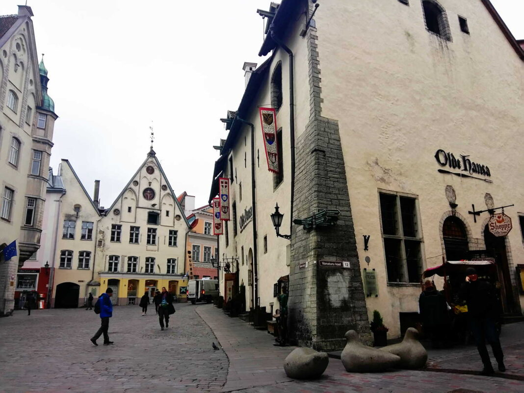 Tallinn Old Town Market Square photo by Alexandra Nima